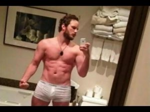 Chris Pratt nude and showing his butt