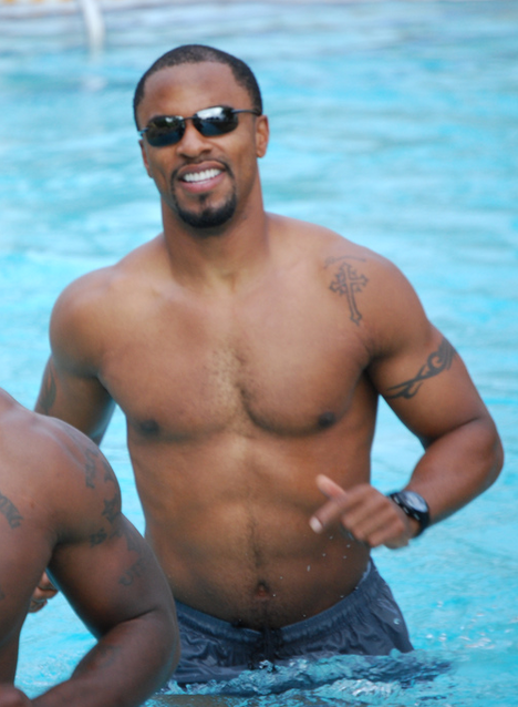 Football Safety Darren Sharper Shirtless